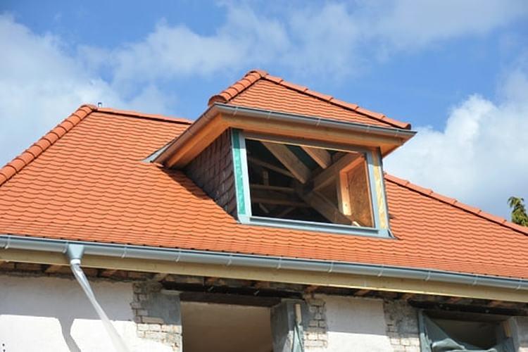 plaats dakkapel of dakopbouw