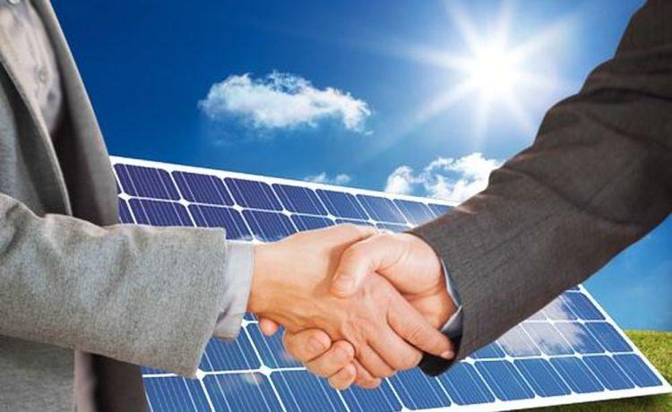 Zakelijk zonnepanelen leasen of kopen