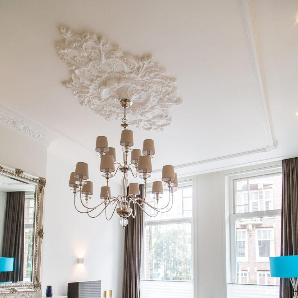 Ornamenten, plafondlijsten of rozetten