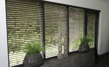 Geef uw woning een stijlvolle en verfijnde uitstraling met bamboe jaloezieën