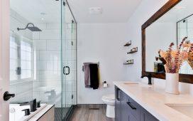 Hier moet je op letten bij het kopen van een nieuwe douchedeur!