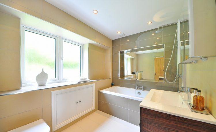 De tip voor je badkamer een inbouw nis